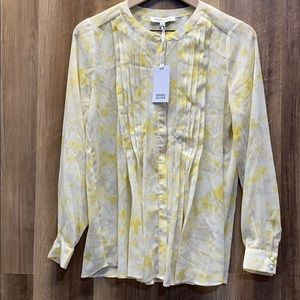 ROSE & OLIVE - Floral Pleated Blouse (49)